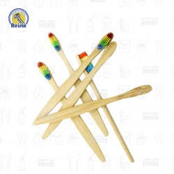 Cepillo de Bambú con Cerdas...